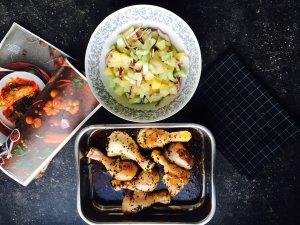 asia recipe 300x225 - Ázijské kuracie stehienka s ananásovo-uhorkovým šalátom