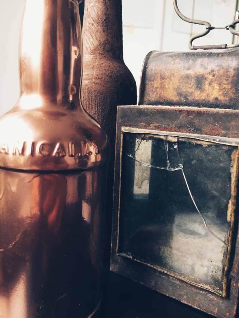 11 - Flaschen und Industrial in der Hauptrolle