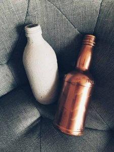14 225x300 - Flaschen und Industrial in der Hauptrolle