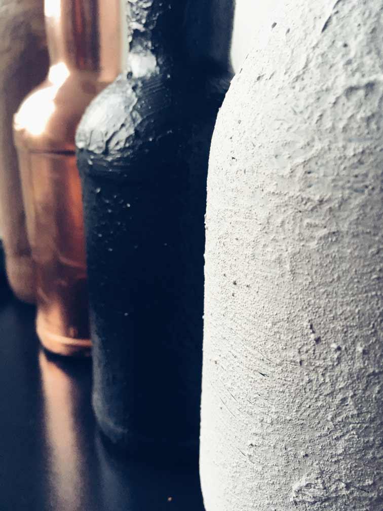 5 - Flaschen und Industrial in der Hauptrolle