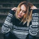 nick karvounis 403792 1 150x150 - TOP 10 pletených modelov, ktoré túto zimu očaria i zahrejú