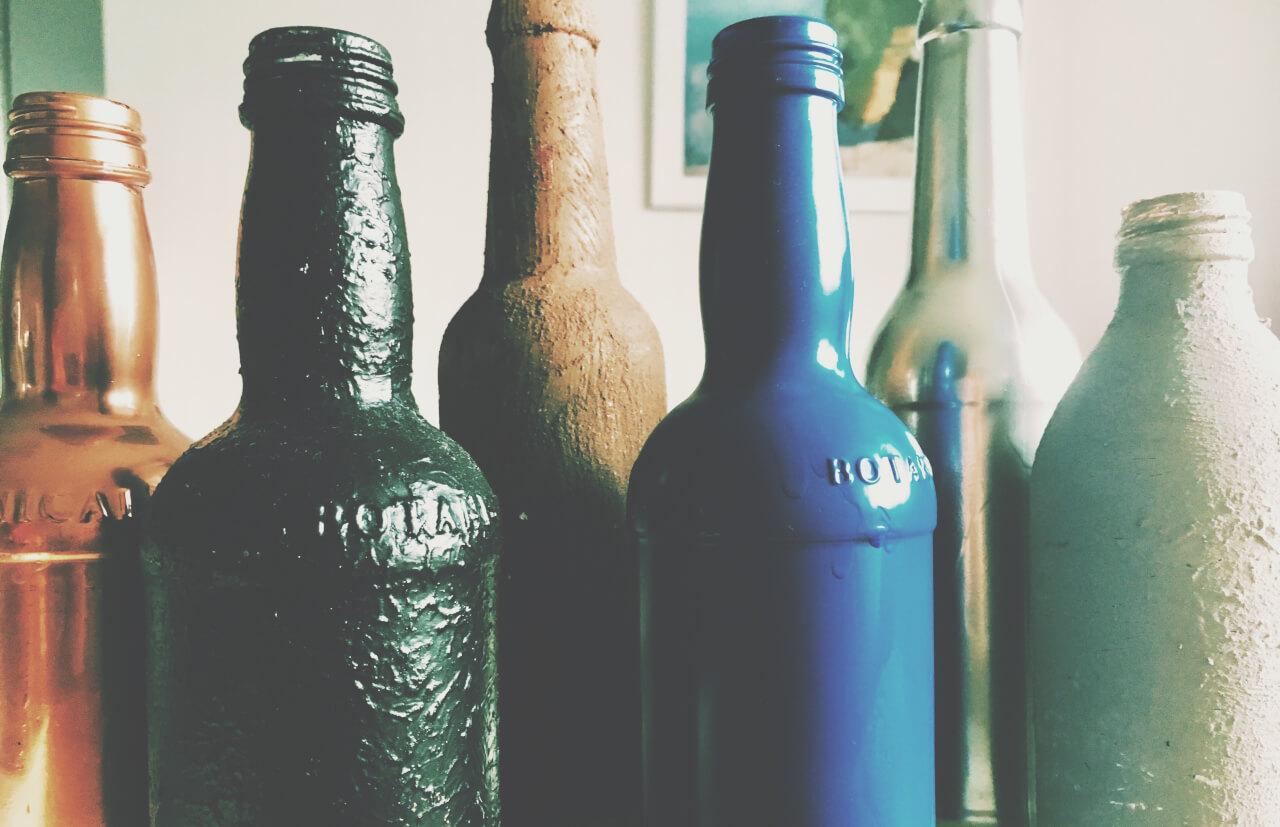 1 1 - Fľaše a industriál v hlavnej úlohe