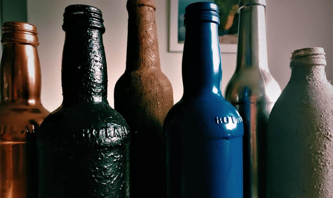 i5 e1522609552796 - Fľaše a industriál v hlavnej úlohe