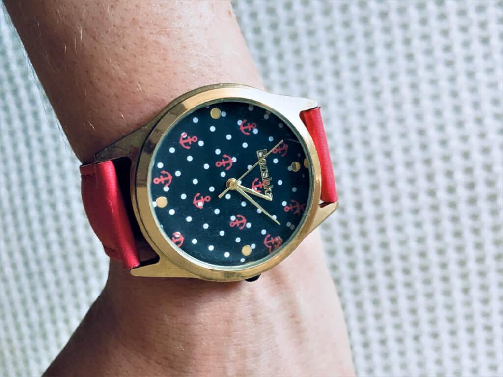 hodinky1 e1522866866903 1024x768 - 10 tipov na jar a leto. Bižutéria a doplnky, ktoré musíš mať!
