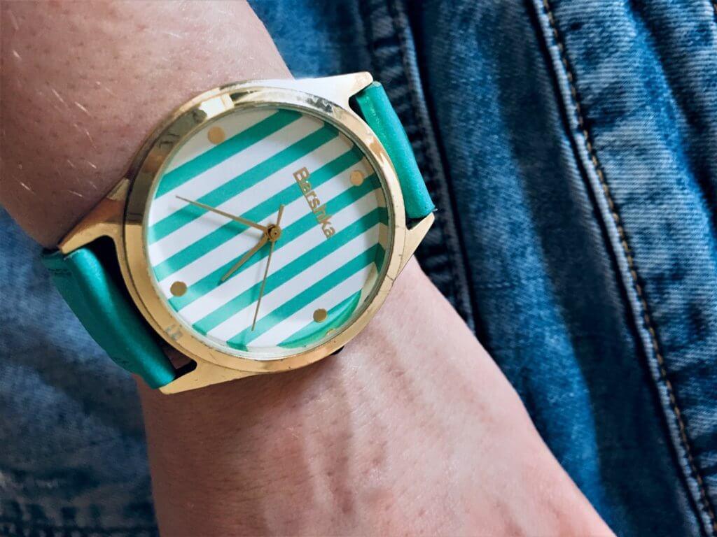 hodinky2 1024x768 - 10 Accessoires, die jede Frau haben sollte!