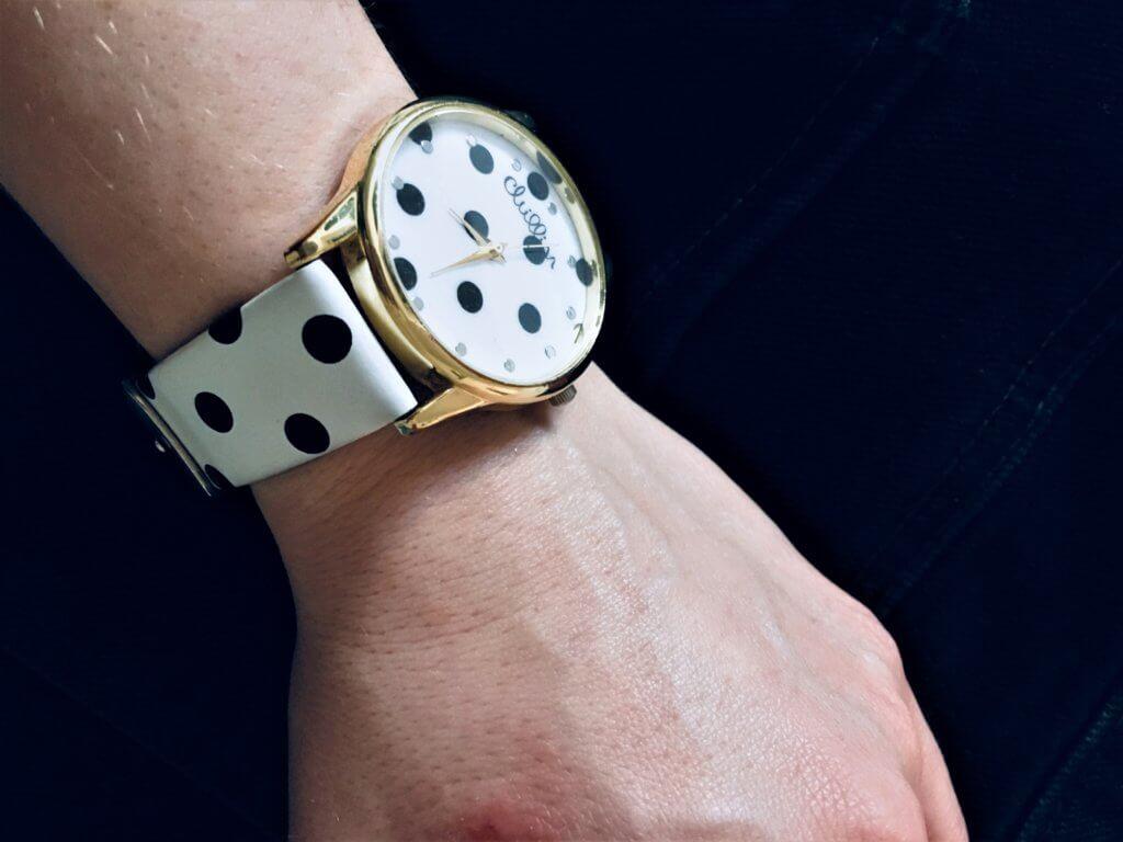 hodinky3 1024x768 - 10 Accessoires, die jede Frau haben sollte!