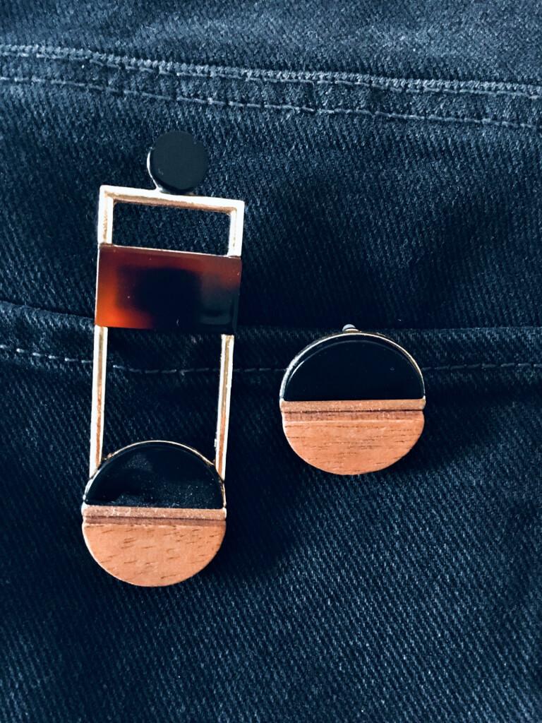 nausnice2 - 10 Accessoires, die jede Frau haben sollte!
