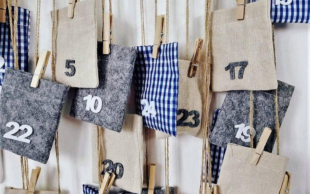 Jednoduché a originálne! Zaveste si adventný kalendár na vešiak.