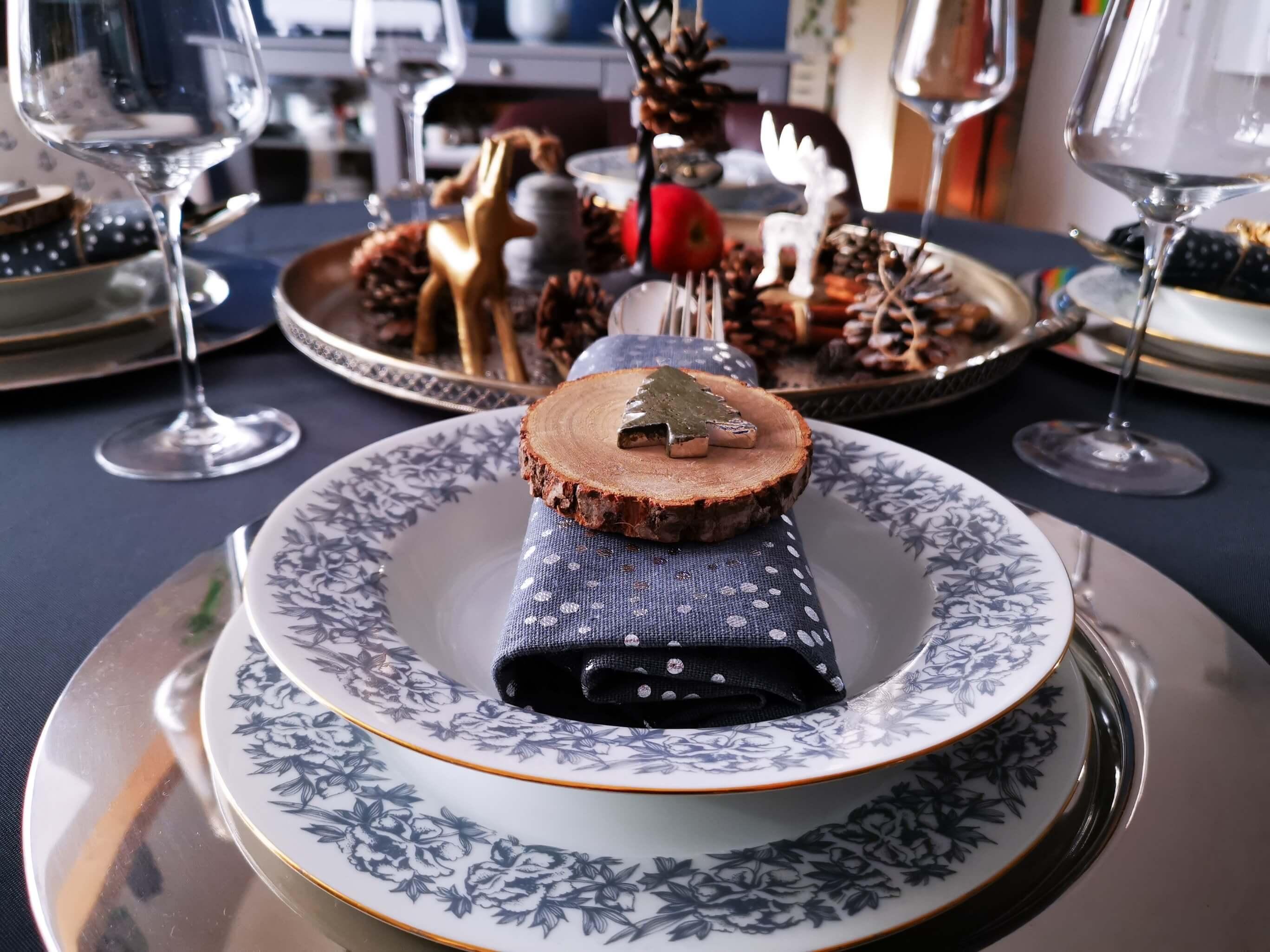IMG 20191201 133457 resized 20191201 082917089 - Inšpirácia na krásne vyzdobený vianočný stôl