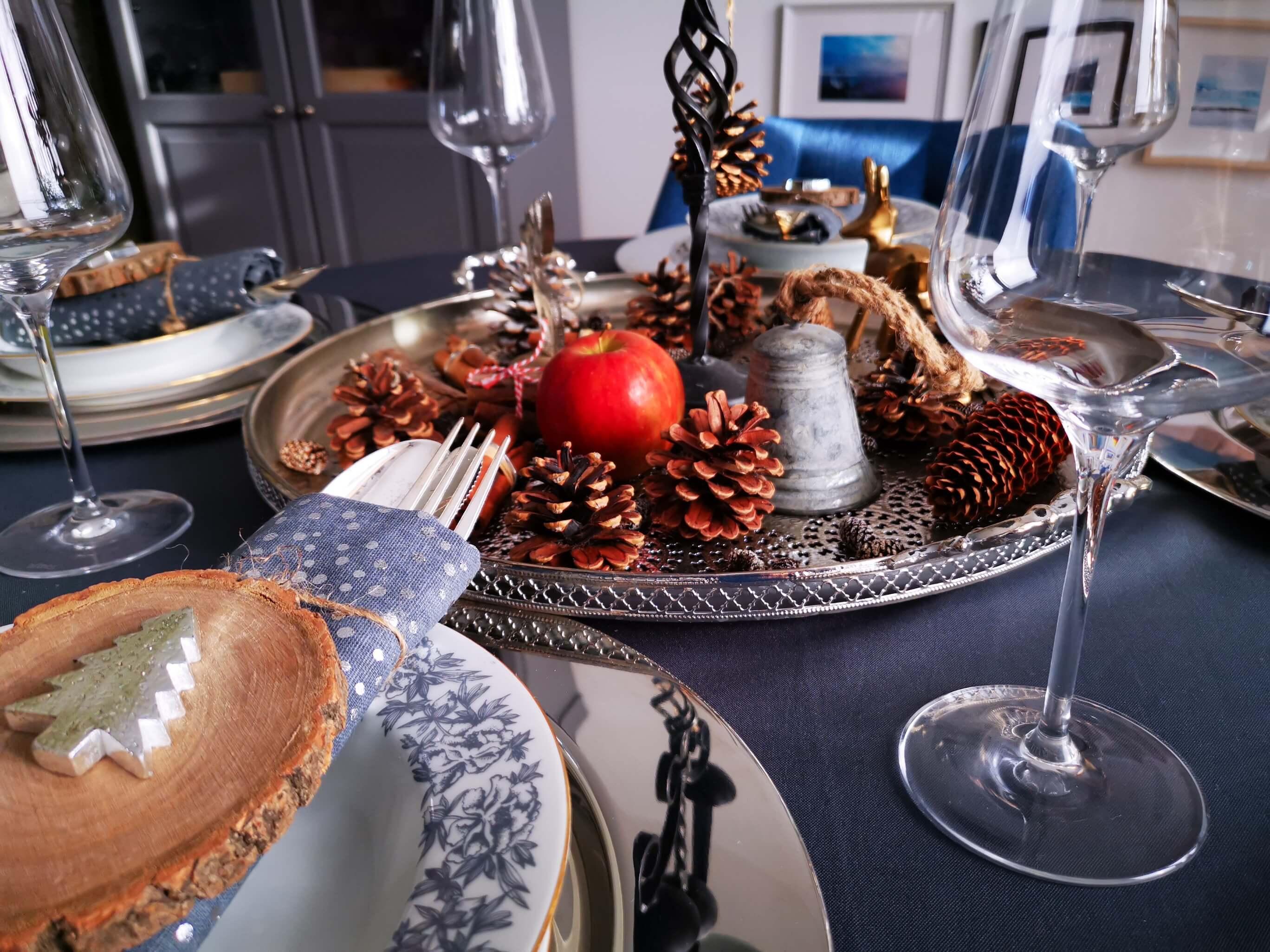 IMG 20191201 134333 resized 20191201 082826403 - Inšpirácia na krásne vyzdobený vianočný stôl