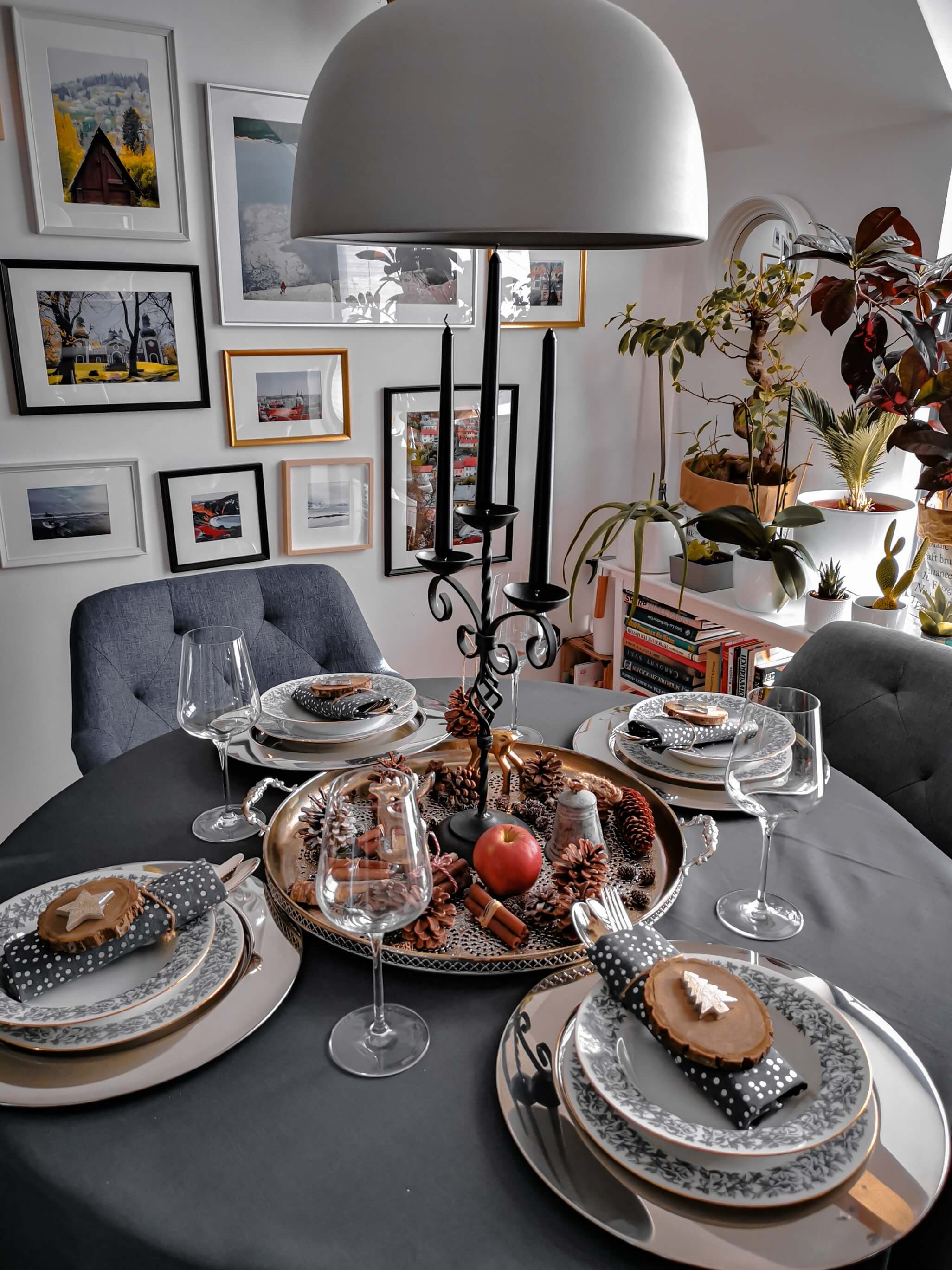 IMG 20191201 140051 1 resized 20191201 082748981 - Inšpirácia na krásne vyzdobený vianočný stôl