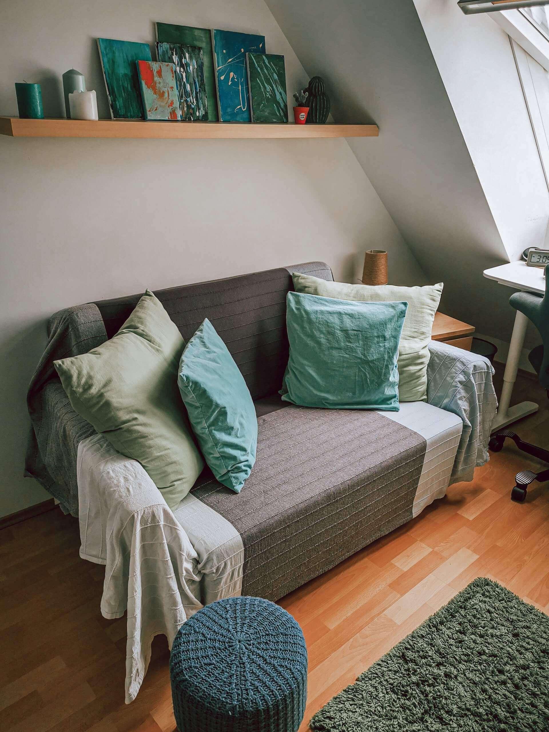 IMG 20200523 150705 scaled - PRED a PO: Premena izby bez výmeny nábytku