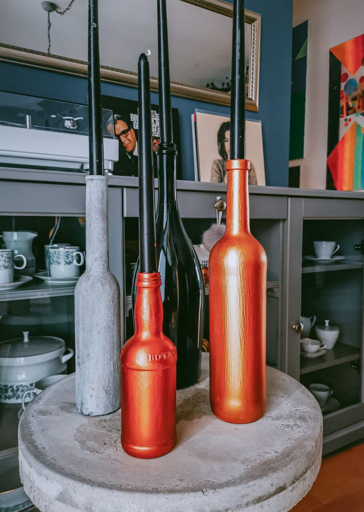 IMG 20201124 104833 scaled e1606212439356 727x1024 - Elleganter Adventkerzenständer aus alten Flaschen (Vol.2)