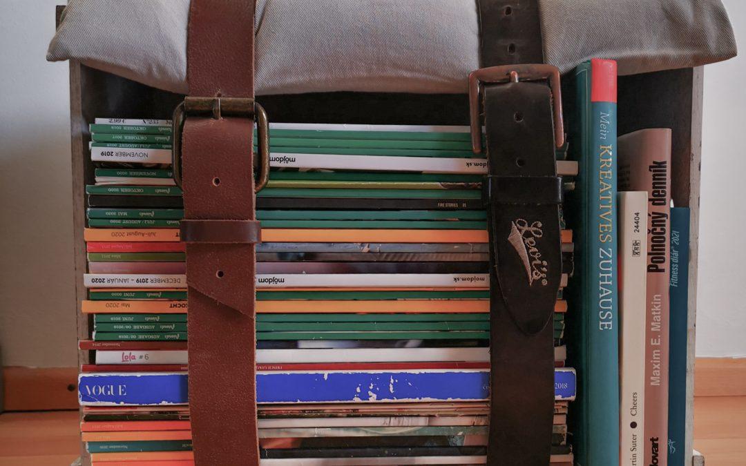 Sitzhocker aus alten Zeitschriften? Warum nicht?